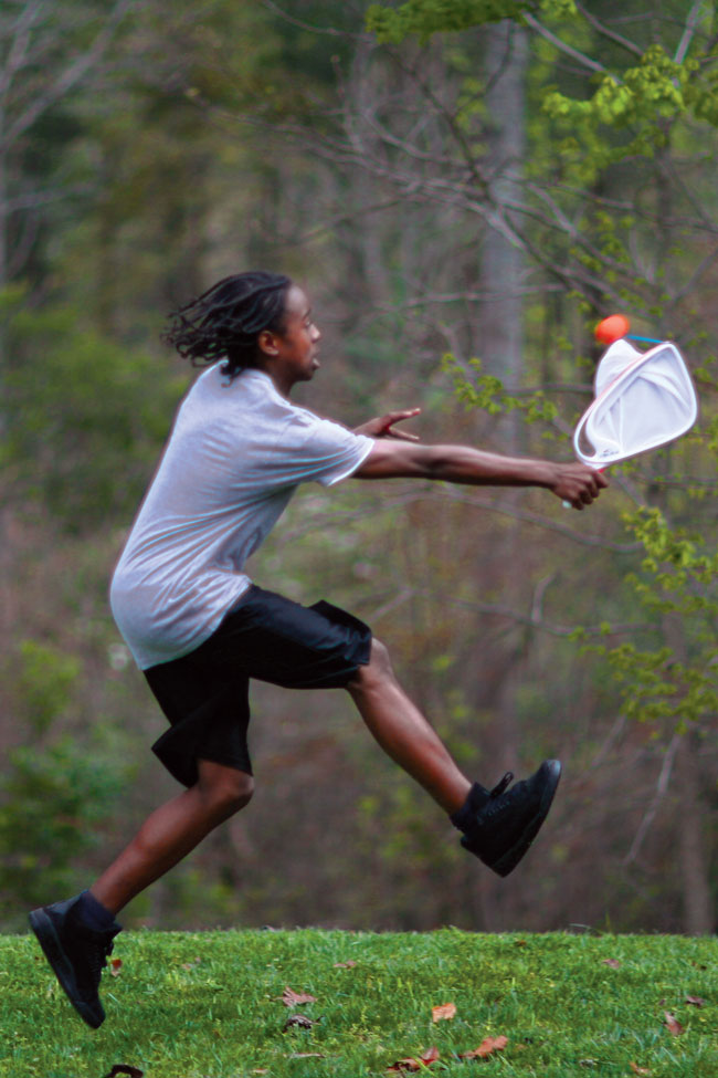 Launch it! A skilled Djubi athlete can launch over 100 feet every time!